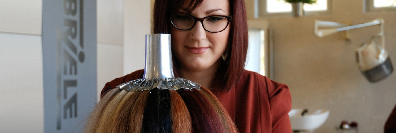 Welcher haarschnitt und farbe passt zu mir